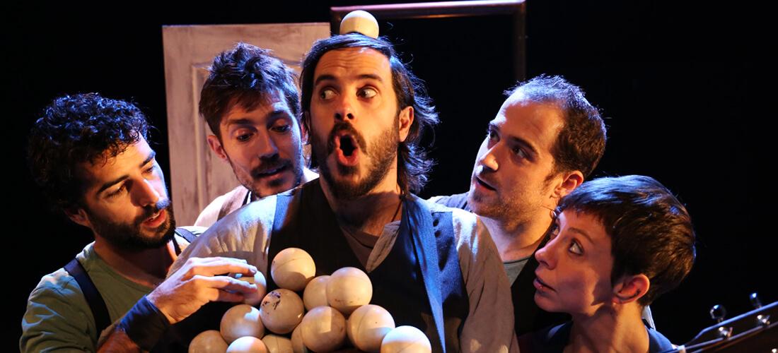 Galería. Imagen de Espectáculo Emportats. Compañía de circo La Trócola circ