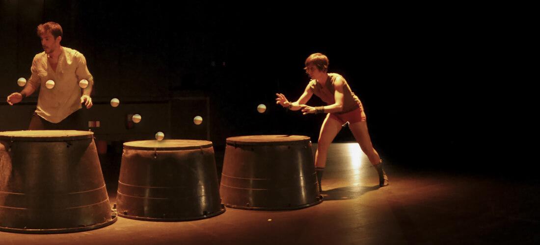 Galería. Imagen de Espectáculo Potted. Compañía de circo La Trócola circ